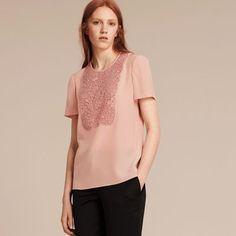 Burberry Blusa de seda com recorte de renda Chalk Pink