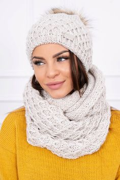 Svetlobéžová dámska čiapka a šál Outfit, Crochet, Fashion, Clothes, Moda, Crochet Crop Top, Chrochet, Fasion, Crocheting