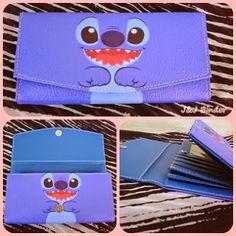 Nama  Produk : Dompet Stitch Harga : 50rb Ukuran   : 20cmx35cm Bahan : Kulit Sintetis Bentuk Dompet : Lipat 3 ,1 slotfoto, 3 slotcard