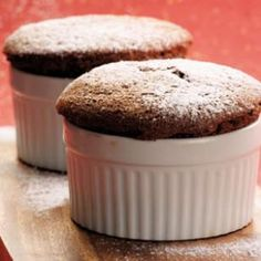 Discover dark chocolate recipes for desserts you didn't know could be so good. From molten chocolate cakes to chocolate covered strawberries, find your new favorite recipe here. Healthy Dessert Recipes, Easy Desserts, Delicious Desserts, Yummy Food, Easy Recipes, Baking Recipes, Breakfast Recipes, Cooking For Two, Meals For Two