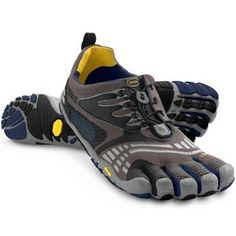 big sale 147f3 5ce60 Have you heard of Vibram FiveFingers toe shoes  Purchase a pair of these  barefoot running shoes from Sun   Ski.