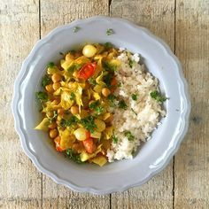 supersnelle vegetarische curry met spitskool en peulvruchten #naareigensmaak