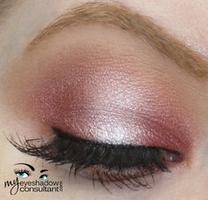 MAC eyeshadows used: MAC Cranberry (inner and outer half of lid) MAC Pink Freeze (middle of lid) MAC Soft Brown (crease) MAC Bisque (blend) - March 10 2019 at Mac Cranberry, Cranberry Eyeshadow, Pink Eyeshadow Look, Soft Eye Makeup, Blue Makeup, Mac Makeup, Makeup For Brown Eyes, Makeup Eyeshadow, Makeup Tips
