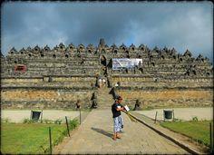 JAVA... Borobodur... Site - http://indonesie.eklablog.com Page Facebook - https://www.facebook.com/pages/Indon%C3%A9sie-par-Isabelle-Escapade/269389553212236?ref=hl