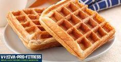 Ovesné vafle s proteinem | Výživa pro fitness Waffle Recipes, Brunch Recipes, Gourmet Recipes, Low Carb Recipes, Low Carb Breakfast, Breakfast Dishes, Breakfast Recipes, Custard Ingredients, Pumpkin Waffles