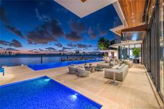 Magnificent Modern Miami Mansion With Ocean Panorama Infinity Pools, Miami Beach, Pch Dream Home, Dream Homes, Modern Miami, Terrasse Design, Villa, Florida Home, In Ground Pools