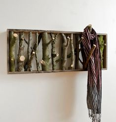 Beautiful rustic-looking DIY coat-hanger and/or wall art for the interior interior design 2012 decorating room design house design Art Decor, Diy Home Decor, Decor Ideas, Diy Ideas, Decorating Ideas, Creative Ideas, Craft Ideas, Lamp Ideas, Decor Crafts