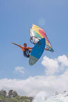 Nur noch ein kleiner Sprung und dann endlich Wochenende! Wem noch die richtige Ausrüstung fehlt: www.surfer-world.com  #Surferworld #kite #kiten #kitesurf  #kitesurfen #kitesurfing #wind #windsurf #windsurfen #windsurfing #wakeboard #wakeboards #wakeboarden #wakeboarding #sun #sunset #mode #bikini #wasser #strand #meer #beach #sport #spot #snapchat #longboard #longboarden #münchen #Ostsee #Frankfurt #Ruhrpott #berlin #hannover #hamburg #köln #Stuttgart #Düsseldorf #essen