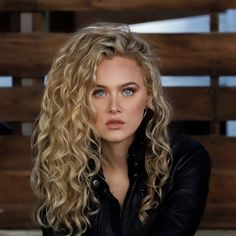 Texture Tales: India Shares Her Curly Hair Journey and How She Has Grown to Embrace Her Waves – wavy hair naturally Curly Hair Tips, Curly Hair Care, Curly Bob Hairstyles, Short Curly Hair, Trendy Hairstyles, Curly Hair Styles, Natural Hair Styles, Curly Hair White Girl, Natural Wavy Hairstyles