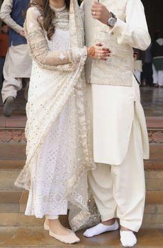 Nikkah Dress, Salwar Dress, Boys Kurta Design, Kurta Designs, Beautiful Couple, Woman Fashion, Indian Wear, Kurti, Pakistani