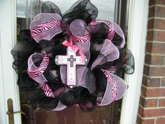 black and pink zebra cross wreath this would have been cute in the glam cafe!!