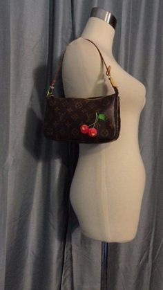 LOUIS VUITTON Monogram Cerises Cherry Murakami Pochette Accessories Clutch Purse #LouisVuitton #Pochette