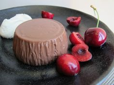 Chocolate Blancmange - This creamy egg-less chocolate pudding makes an outstanding dinner party dessert, serve with cream & fresh berries