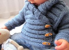 Knitted Baby Jacket crossed in front - Baby Knits - [ EASY Pattern & Tutorial ] Baby Knitting Patterns, Baby Cardigan Knitting Pattern Free, Baby Hats Knitting, Knitting For Kids, Free Knitting, Crochet For Boys, Crochet Baby, Knitted Baby, Baby Knits