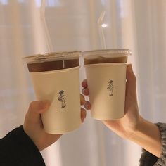 soft aesthetic tones of coffee - F brown - Cream Aesthetic, Aesthetic Coffee, Brown Aesthetic, Aesthetic Food, Aesthetic Korea, Spring Aesthetic, Aesthetic Grunge, Aesthetic Vintage, Cafe Menu
