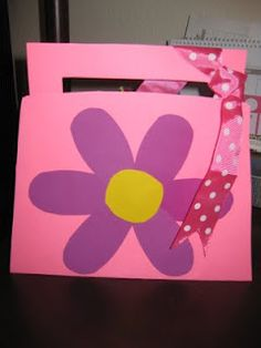 cute purse questionnaire for Mothers Day activity