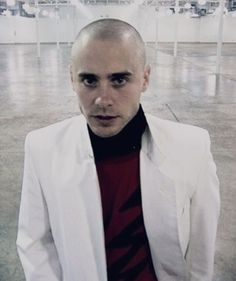 There was a forgotten time when Jared was completely shaved and he still looked stunningly gorgeous Jared Leto Cameron Diaz, Shannon Leto, Just Jared, 30 Seconds, Thirty Seconds, Beautiful Men, Mars, Actors, Celebrities