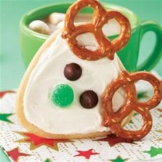 Just shape the cookie dough into a triangular log, and slice for fun reindeer cookies ready in a flash.