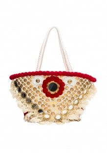 Coachella is right around the corner, see what's how to spice up your outfits these gorgeous bags. Moda Hippie Chic, Hippie Chic Fashion, Bohemian Design, Bohemian Style, Boho Chic, Coachella, Spice Things Up, Good Music, Lana
