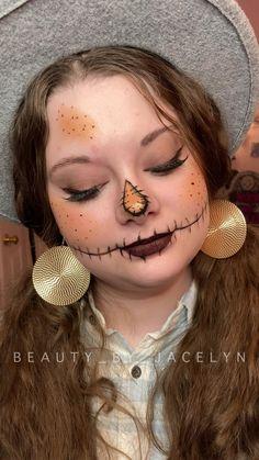 Blue Eye Makeup, Creative Makeup, Makeup Art, Halloween Makeup, Make Up, Faces, Skin Care, Holidays, Beauty