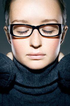 Bien choisir ses lunettes - Grand front ou trop court Choisir Ses Lunettes,  Relooking Femme 98b174058dd5