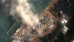 Veduta aerea dei reattori esplosi a Fukushima.