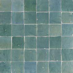 interieurideeen met houtkachel | Marokkaanse tegels in toilet | Inrichting-huis.com