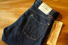 """Stevenson Overall Co. """"La Jolla-727-OSX"""" One Wash. """"La Jolla"""" draws inspiration from the preferred cut of the 1960s, which is the slim tapered fit. This jeans is one-washed (expect minimal or no shrinkage). Made entirely from Zimbabwe cotton, the 14. oz. denim fabric is the perfect weight for the humid Malaysian weather. The fabric is widely praised for its fading colour and character, and also for its smooth and slubby texture. Hand-crafted using the same single-stitch and flat-felled seam…"""
