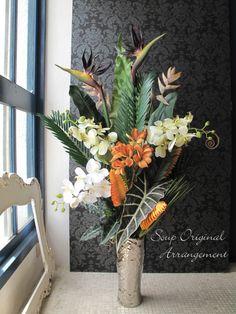 【楽天市場】ストレチアと胡蝶蘭のトロピカルデザインアレンジ[アーティフィシャルフラワー]【送料無料】:アーティフィシャルフラワーsoup°