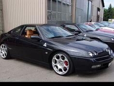 """Képtalálat a következőre: """"alfa romeo spider 916 tuning"""" Alfa Romeo 159, Alfa Romeo Cars, Alfa Romeo Giulia, Alfa Gtv, Alfa Romeo Spider, Vintage Classics, Bmw, Maserati, Motor Car"""