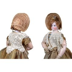 Ornate c. 1875 Fashion Lady Doll's Shawl with Exquisite Raised Flower Crochet