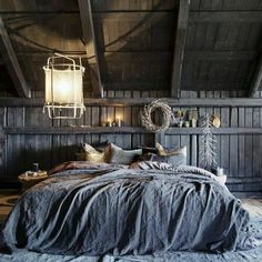 #inspiratie #inspiration #bedroom #slaapkamer #beddengoed #bedclothes #sober #soberwonen #stijlvolwonen #stijlvol #rustic #rustiek #landelijk #landelijkwonen #landelijkestijl #notmypicture #stijlvol #interiordesign #styling #dailyinspirations #stoer #decoratie #decoration #grijs #grey #ideeenopdoen #interior #interieur #idea#sphere