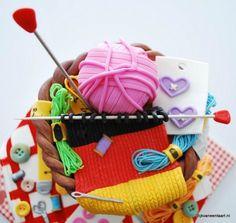 Knitting/sewing cake