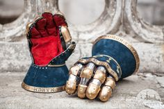 knights-gauntlets-with-leather-exterior-kings-guard-6.jpg (1200×800)