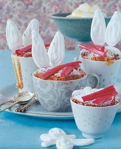 Rhabarber-Cupcakes - Rezepte - [LIVING AT HOME]