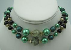 Vintage GREEN Double Multi Strand Lucite Faux Pearl Black Bead Necklace #Unbranded