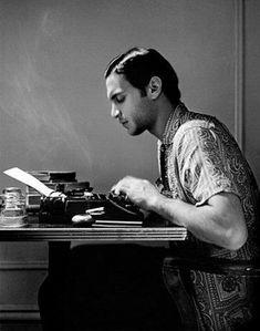 John Fante John Fante, né le 8 avril 1909 à Denver et mort le 8 mai 1983 à Los Angeles, est un romancier, essayiste et scénariste américain