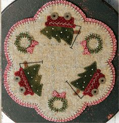 Christmas Truck Wool Table Mat - Wool Applique Patterns - Winter Decor - Truck Full Of Joy 1321 Penny Rug Patterns, Wool Applique Patterns, Felt Patterns, Felt Applique, Applique Ideas, Penny Rugs, Felted Wool Crafts, Felt Crafts, Bird Crafts