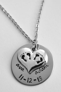 Twins necklace - Mom of twins necklace - Mothers Day gift - Mother of twins - Mom of twins -