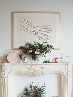 Want a faux fireplace and this print so bad 😭 Bedroom Fireplace, Fireplace Mantle, Living Room Inspiration, Interior Inspiration, Mantel Styling, Rose Cottage, French Decor, Decoration, Interior Styling