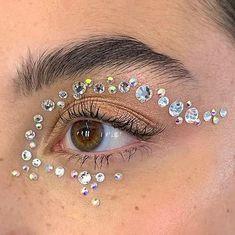 Gem Makeup, Rave Makeup, Eye Makeup Art, Fairy Makeup, Skin Makeup, Makeup Inspo, Makeup Inspiration, Fairy Costume Makeup, Cool Makeup