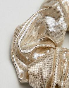 7,50 Liars & Lovers | Liars & lovers – Haarband in Metallic Asos, Metallic, Lovers, Plus Size, Grey, Gray