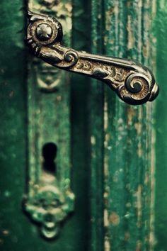 #Emerald door with beautiful vintage handle. | http://dunobakery.blogspot.com
