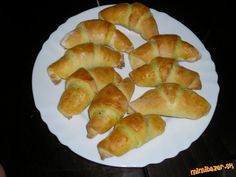 Croissants, Gluten Free, Bread, Free Stuff, Food, Basket, Diet, Glutenfree, Crescents