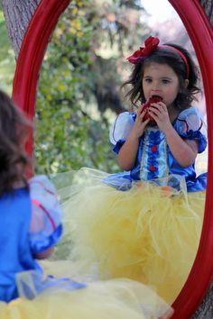 Snow White photo idea