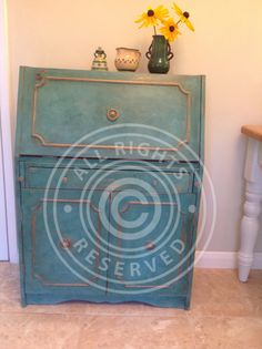 Painted in AS Provence / Florence and Barcelona Orange this hot textured bureau is a real statement !