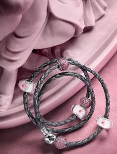 PANDORA Grey Braided Triple Leather Bracelet with Pretty Cherry Blossom Murano and Pink Pave Charms. Pandora Leather Bracelet, Pandora Bangle, Pandora Jewelry Box, Pandora Beads, Charm Jewelry, Pandora Charms, Charm Bracelets, Trend Fashion, Fashion Outfits