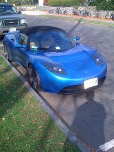Tesla Roadster in Royal Blue