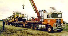 Kenworth Trucks, Ford Trucks, Semi Trucks, Big Trucks, Clean Metal, International Harvester Truck, Vintage Trucks, Custom Trucks, Trailers