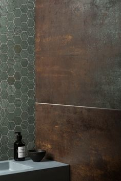 Our Verdi Capri Honed Marble Hexagon Mosaic Tile is available in various formats. Modern Bathroom, Small Bathroom, Wc Public, Hexagon Mosaic Tile, Mandarin Stone, Industrial Flooring, Upstairs Bathrooms, Bathroom Toilets, Wet Rooms